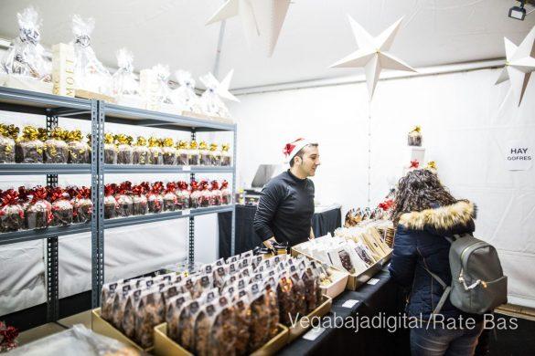 Redován recibe la Navidad con la mejor oferta comercial y degustación de embutidos 20