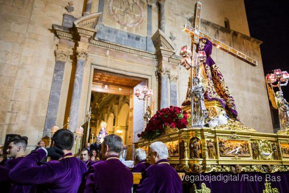 Nuestro Padre Jesús de Orihuela regresa a su camarín 55