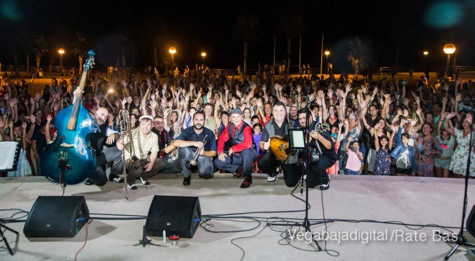 Imágenes del concierto The Troupers Swing Band en Orihuela Costa 6