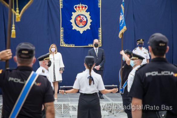 FOTOGALERÍA | Entrega de bastón de mando al Comisario de la Policía Nacional de Orihuela 23