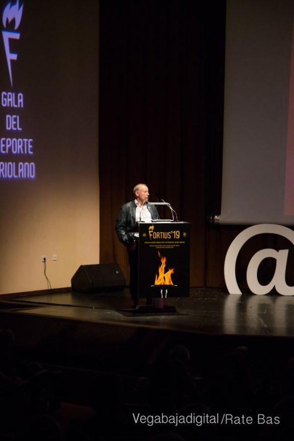 Más de 40 años siendo la voz del deporte comarcal 68