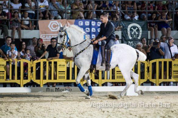 La espectacularidad de los caballos hechiza a los asistentes a FEGADO 75