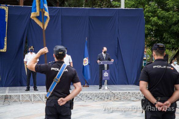FOTOGALERÍA | Entrega de bastón de mando al Comisario de la Policía Nacional de Orihuela 32