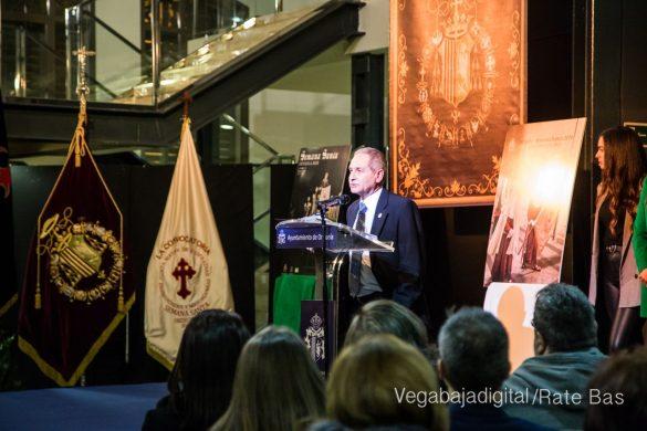 La Verónica y La Convocatoria protagonizan el cartel y guía de la Semana Santa de Orihuela 34
