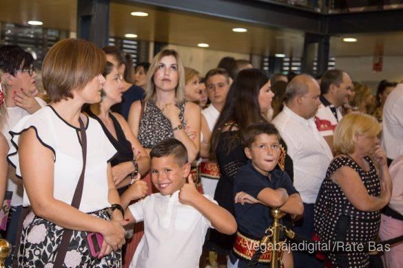 El Ayuntamiento homenajea a los cargos festeros de los Moros y Cristianos 10