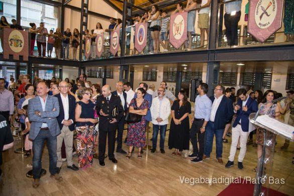 El Ayuntamiento homenajea a los cargos festeros de los Moros y Cristianos 11