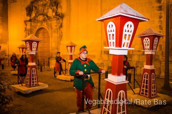 Papá Noel llena de ilusión a Orihuela 56