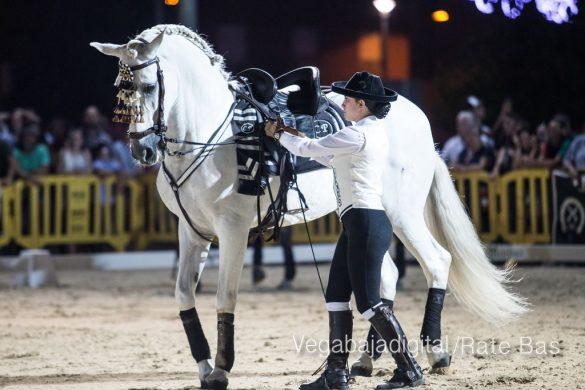 La espectacularidad de los caballos hechiza a los asistentes a FEGADO 66
