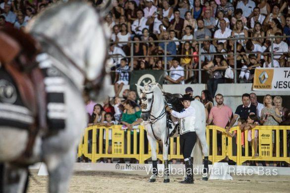 La espectacularidad de los caballos hechiza a los asistentes a FEGADO 64