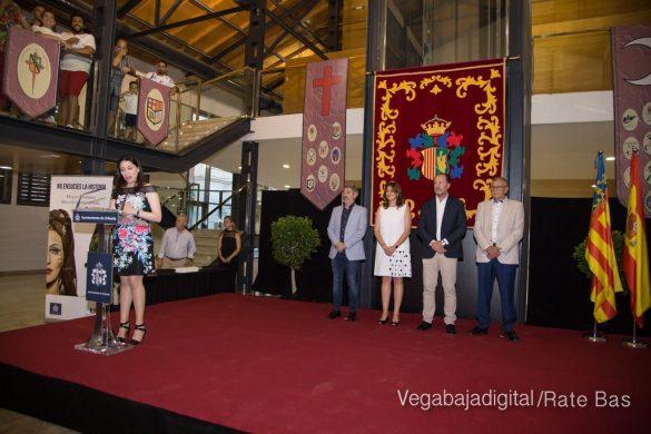 El Ayuntamiento homenajea a los cargos festeros de los Moros y Cristianos 14