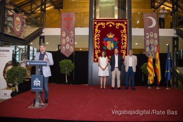 El Ayuntamiento homenajea a los cargos festeros de los Moros y Cristianos 17