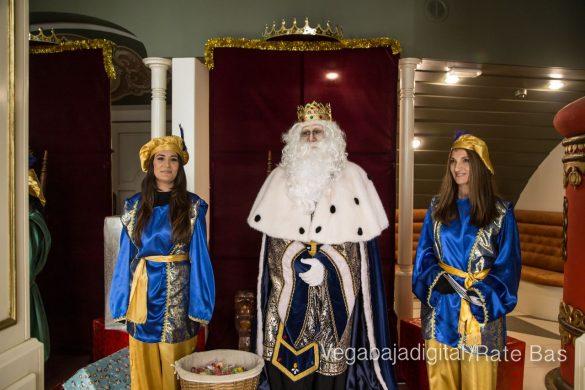 Los Reyes Magos se reencuentran con los niños de Orihuela 61