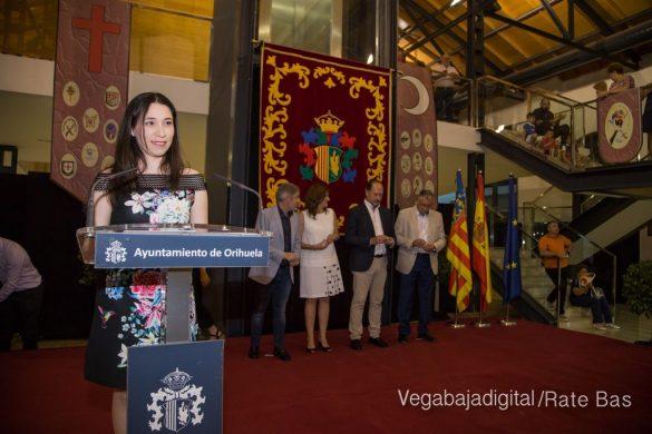 El Ayuntamiento homenajea a los cargos festeros de los Moros y Cristianos 18