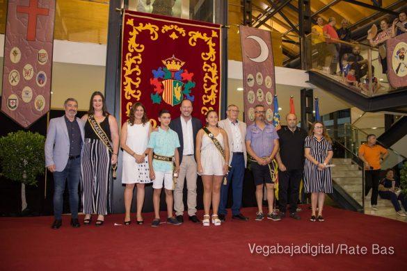 El Ayuntamiento homenajea a los cargos festeros de los Moros y Cristianos 23