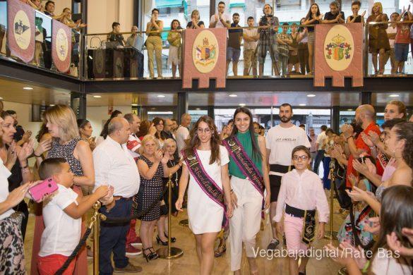El Ayuntamiento homenajea a los cargos festeros de los Moros y Cristianos 24