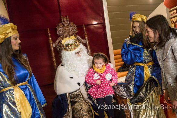 Los Reyes Magos se reencuentran con los niños de Orihuela 67