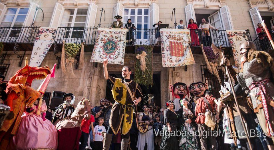 La Armengola pregona el Mercado Medieval de Orihuela 6