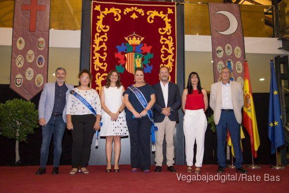 El Ayuntamiento homenajea a los cargos festeros de los Moros y Cristianos 26