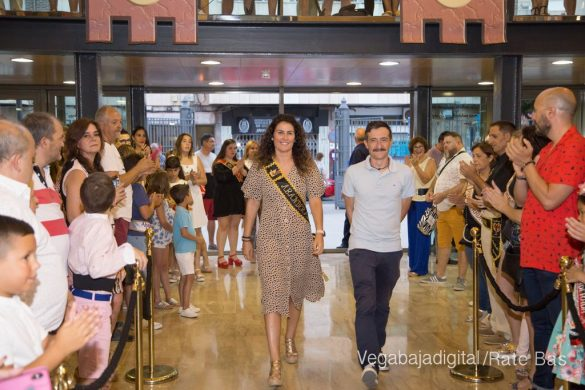 El Ayuntamiento homenajea a los cargos festeros de los Moros y Cristianos 27