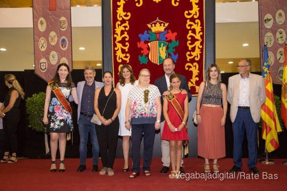 El Ayuntamiento homenajea a los cargos festeros de los Moros y Cristianos 32