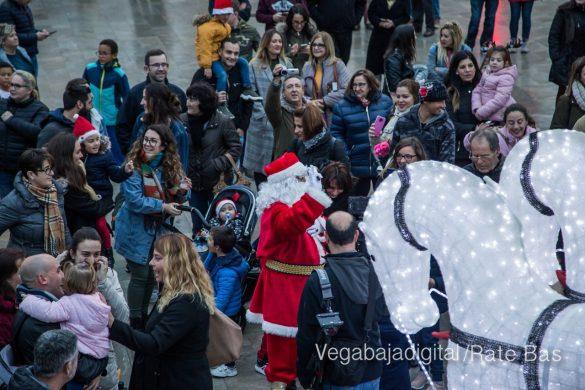 Papá Noel hace su primera parada en Guardamar 87