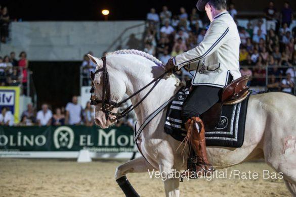 La espectacularidad de los caballos hechiza a los asistentes a FEGADO 34