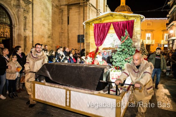 Papá Noel llena de ilusión a Orihuela 36