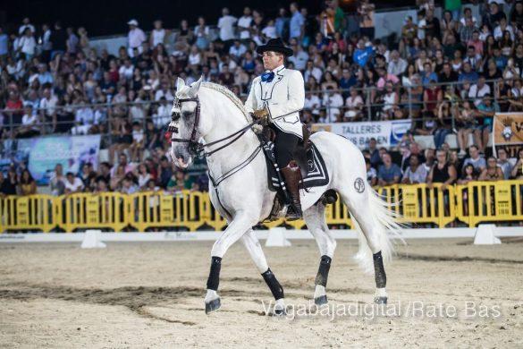 La espectacularidad de los caballos hechiza a los asistentes a FEGADO 33
