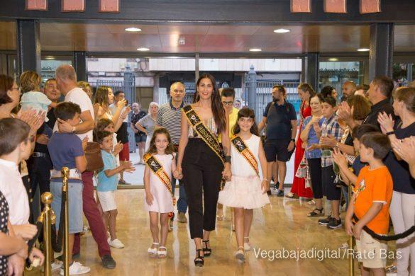 El Ayuntamiento homenajea a los cargos festeros de los Moros y Cristianos 36