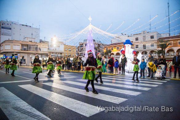 Papá Noel hace su primera parada en Guardamar 82