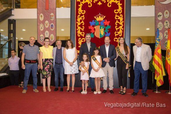 El Ayuntamiento homenajea a los cargos festeros de los Moros y Cristianos 37