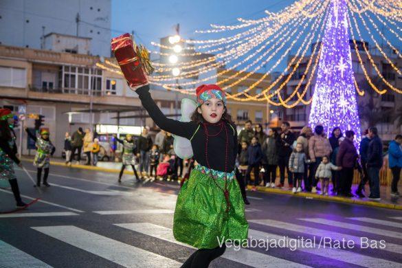 Papá Noel hace su primera parada en Guardamar 80