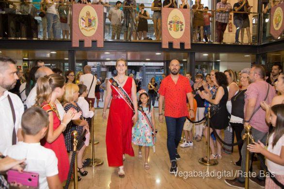 El Ayuntamiento homenajea a los cargos festeros de los Moros y Cristianos 38
