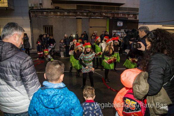 Papá Noel hace su primera parada en Guardamar 75