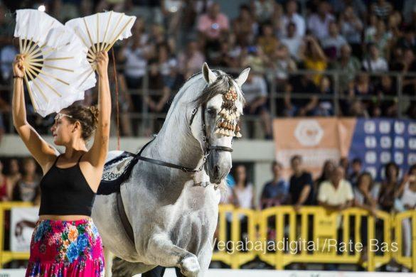 La espectacularidad de los caballos hechiza a los asistentes a FEGADO 19