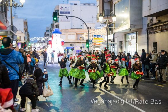 Papá Noel hace su primera parada en Guardamar 74