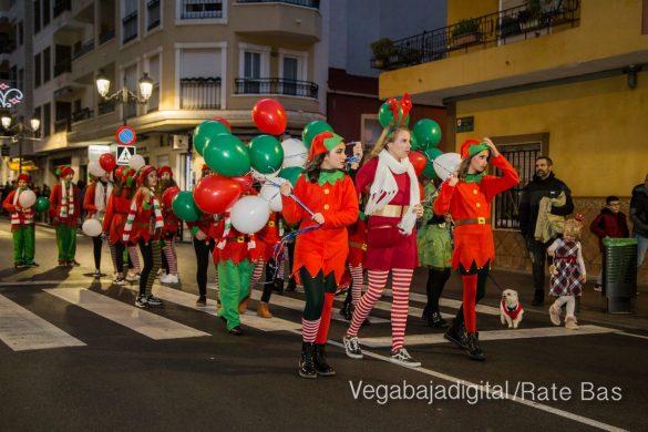 Papá Noel hace su primera parada en Guardamar 69
