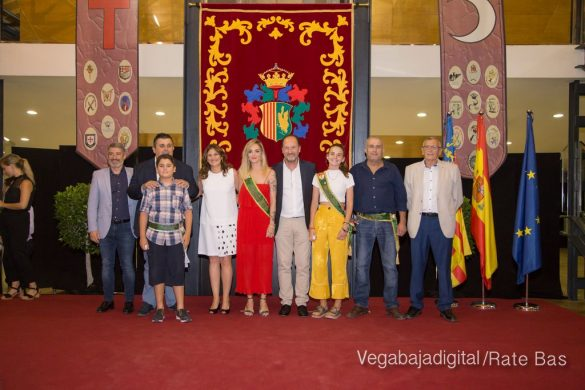 El Ayuntamiento homenajea a los cargos festeros de los Moros y Cristianos 53