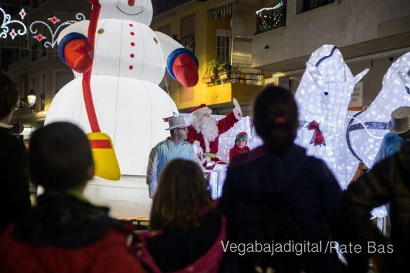 Papá Noel hace su primera parada en Guardamar 62