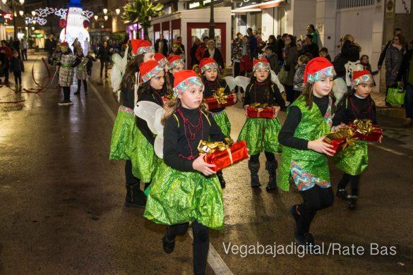 Papá Noel hace su primera parada en Guardamar 54