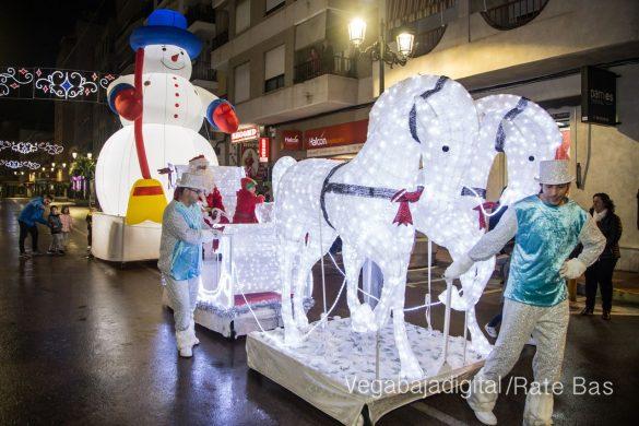 Papá Noel hace su primera parada en Guardamar 51