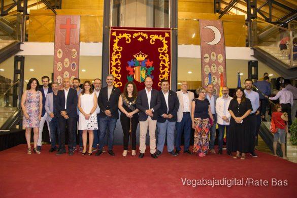 El Ayuntamiento homenajea a los cargos festeros de los Moros y Cristianos 61