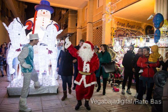 Papá Noel hace su primera parada en Guardamar 43
