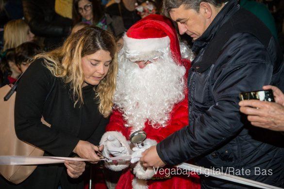 Papá Noel hace su primera parada en Guardamar 38
