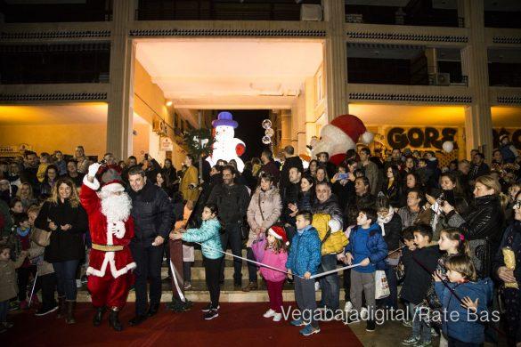 Papá Noel hace su primera parada en Guardamar 37