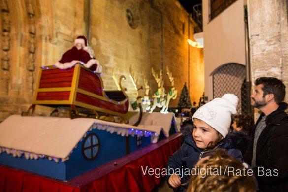 Papá Noel llena de ilusión a Orihuela 14