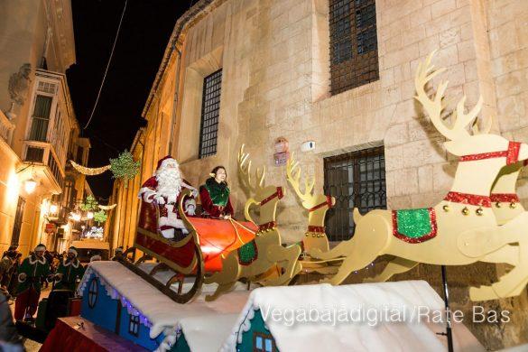 Papá Noel llena de ilusión a Orihuela 13