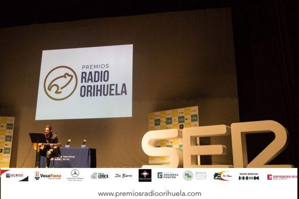 Emoción, diversión y magia en la II edición de los Premios Radio Orihuela 98