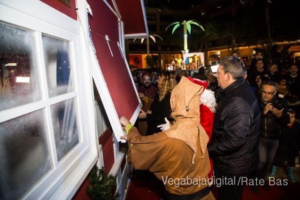 Papá Noel hace su primera parada en Guardamar 27