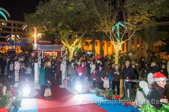 Papá Noel hace su primera parada en Guardamar 18